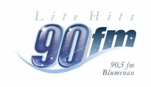 90 FM Blumenau